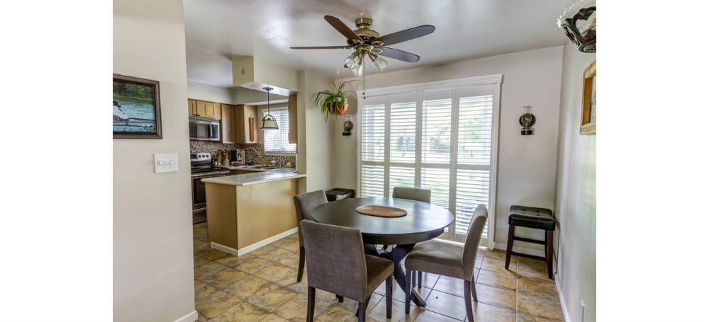 real-estate-residential-ypsilanti-kitchen-dining-room-cjsouth-03.jpg
