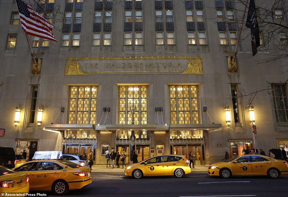 143305-4270206-Taxis_pull_up_in_front_of_the_renowned_Waldorf_Astoria_hotel_in_-a-57_1488361361389.jpg