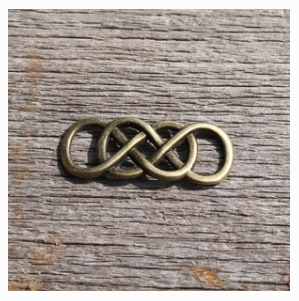 Double Infinity Connector
