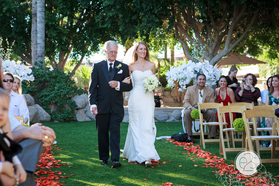 Eyes 2 See Photography Wedding Phoenician Resort Backyard Wedding