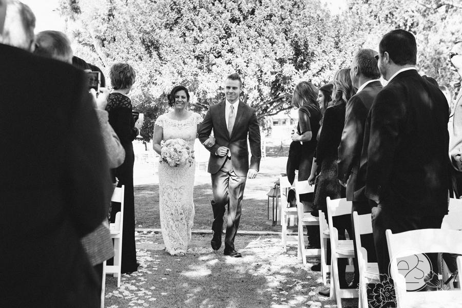 eyes2see_ed_sabina_scottsdale_backyard_wedding026