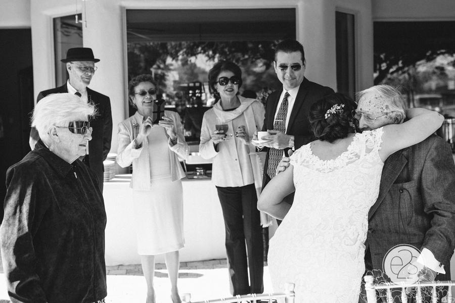 eyes2see_ed_sabina_scottsdale_backyard_wedding036