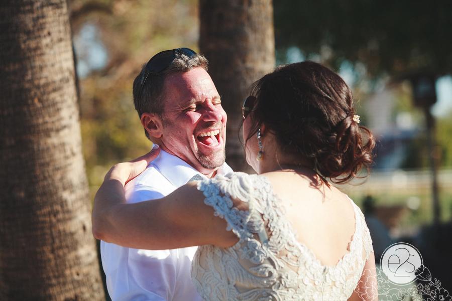 eyes2see_ed_sabina_scottsdale_backyard_wedding042