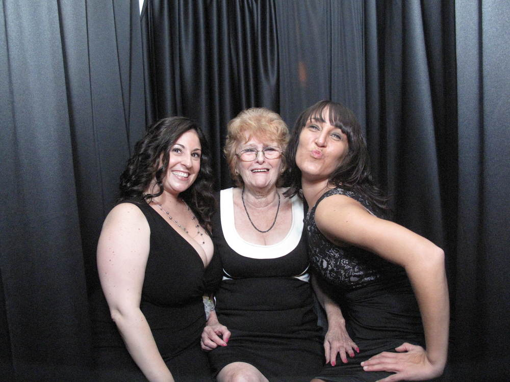 Snapshot Photobooths at McLoone's Supper Club in Asbury, New Jersey