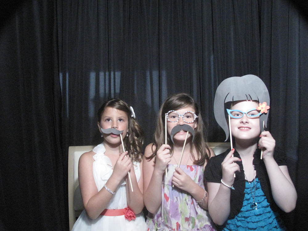Snapshot Photobooths at The Brownstone in Paterson, New Jersey