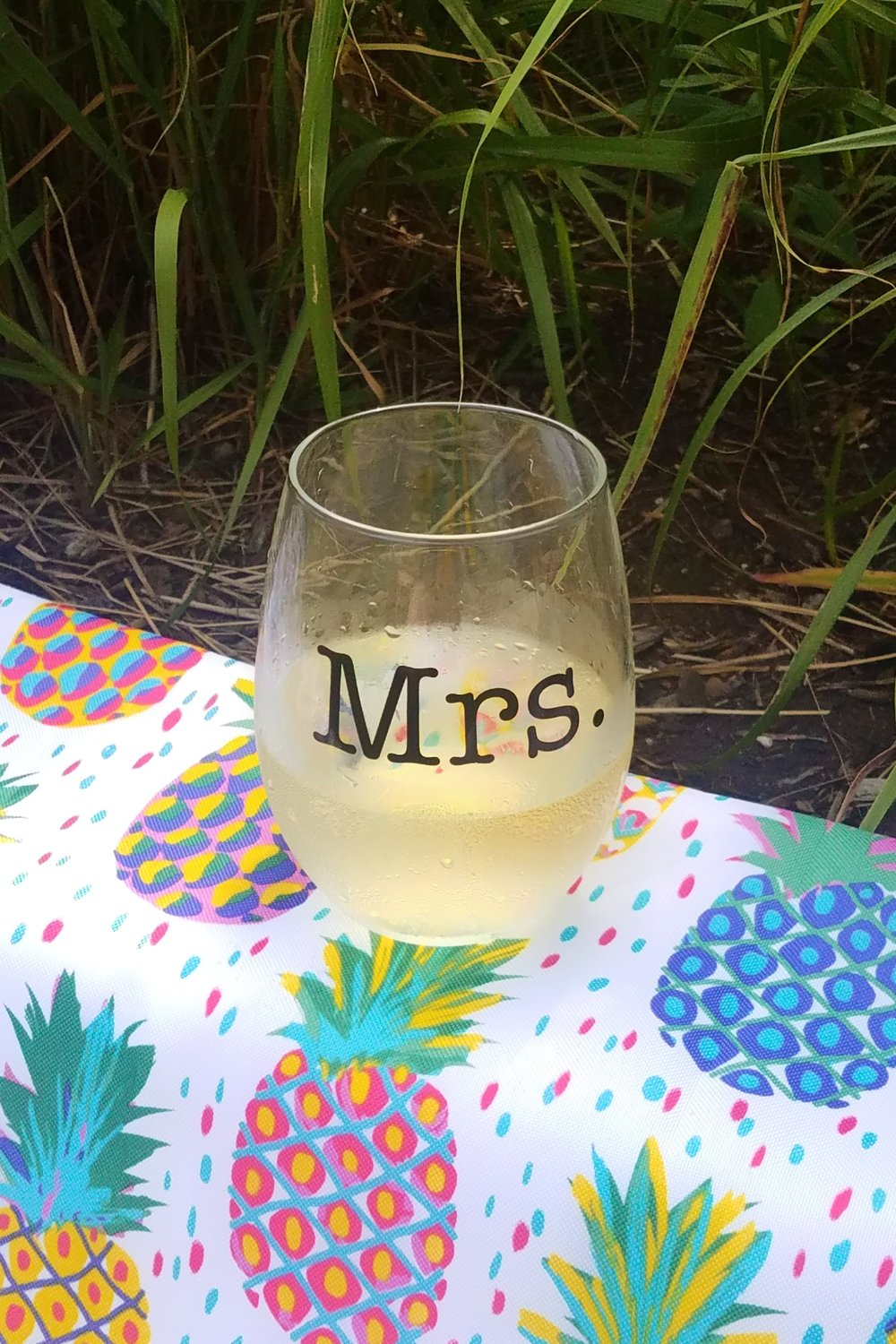 Ice cold sauvignon blanc is the key to my heart in the summer.