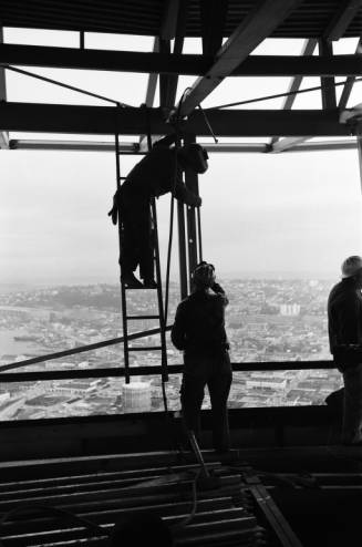 Worker_welding_Space_Needle_ca_December_28_1961.jpg