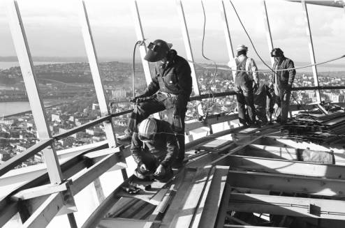 Workers_on_Space_Needle_Restaurant_level_ca_December_28_1961.jpg