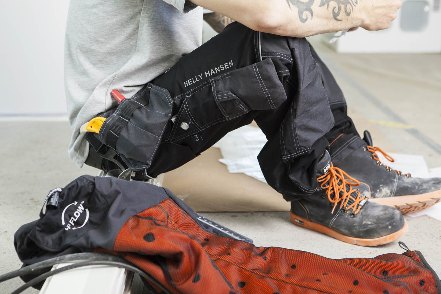 ccfeb5fc Review: Helly Hansen Aims to be the New Standard in Construction Apparel —  Construction Junkie