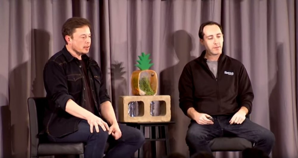 Elon Musk and Steve Davis talking about their new masonry blocks