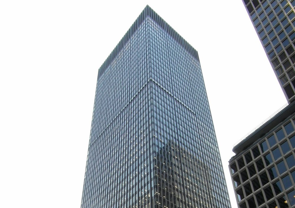 270 Park Avenue, JPMorgan Chase's Headquarters.  photo by  Reading Tom ,  CC BY 2.0