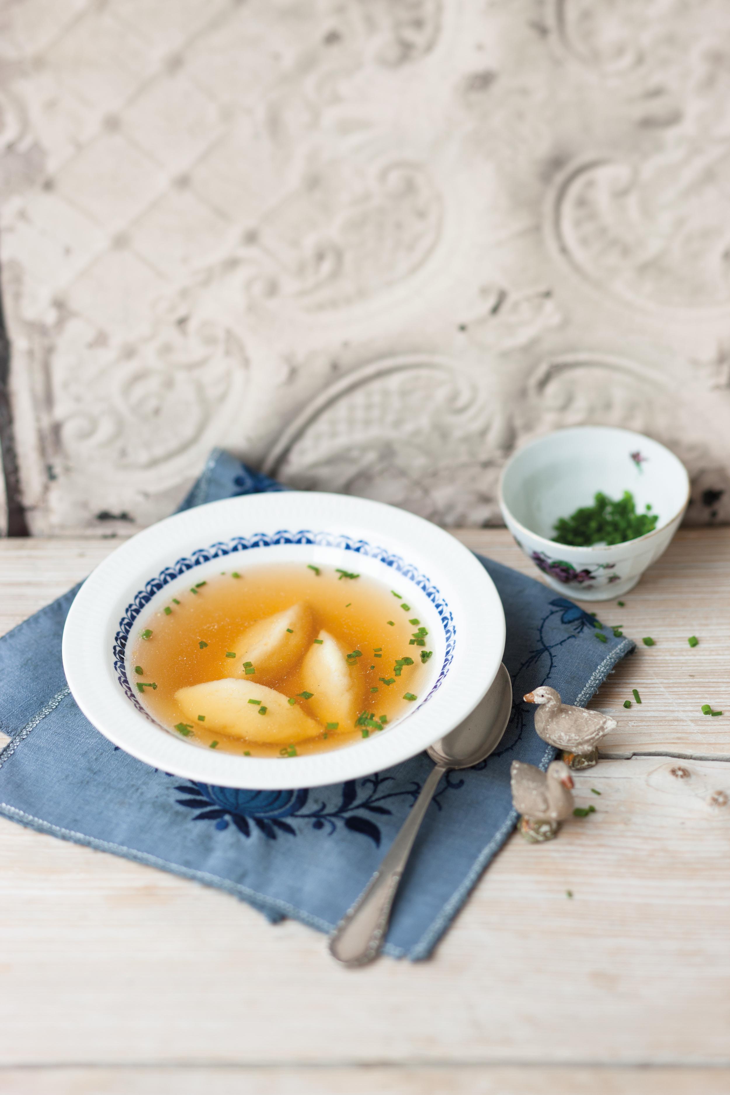 Суп с клецками из манки рецепт пошагово