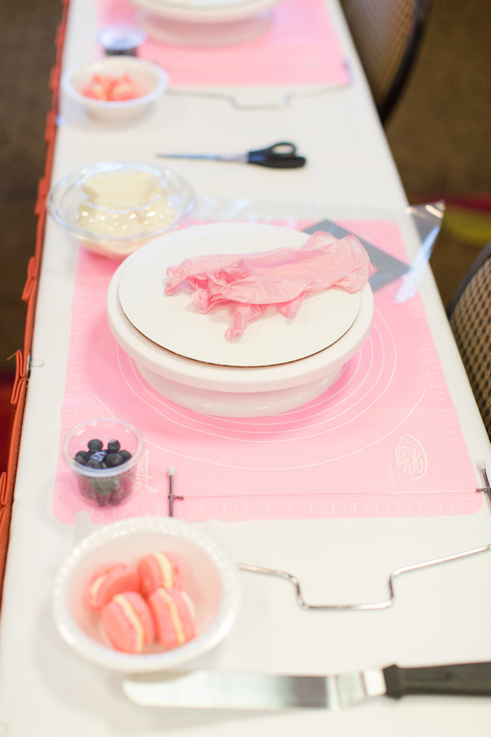 Sorby Sweets Cake Class 2 3 18-0002.jpg