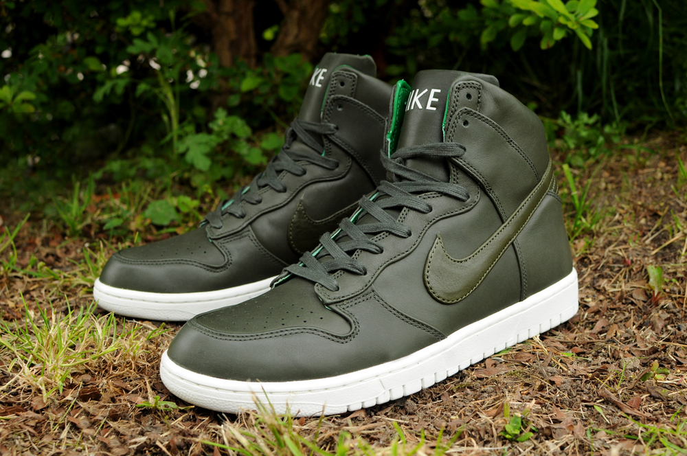 new product d0c32 52ce9 NikeLab Dunk Lux High SP
