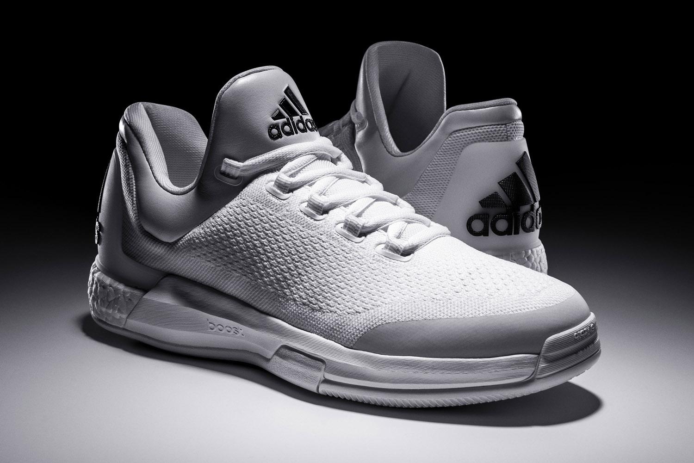 c9ff4dab5a2c james-harden-adidas-crazylight-boost-white-2.jpg