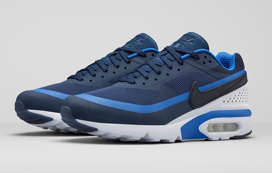aeeafad577c NIKE AIR MAX BW ULTRA · March 2