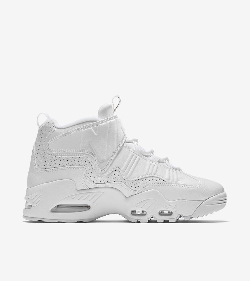 662464de95083 An all-white upper defines the premium edition of the Air Griffey Max I