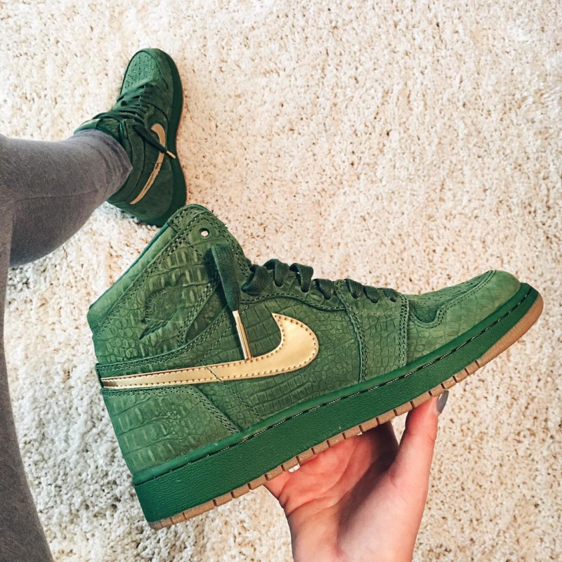 "7892fc0fe30 Another Look at AIR JORDAN 1 ""GREEN CROC SUEDE"""