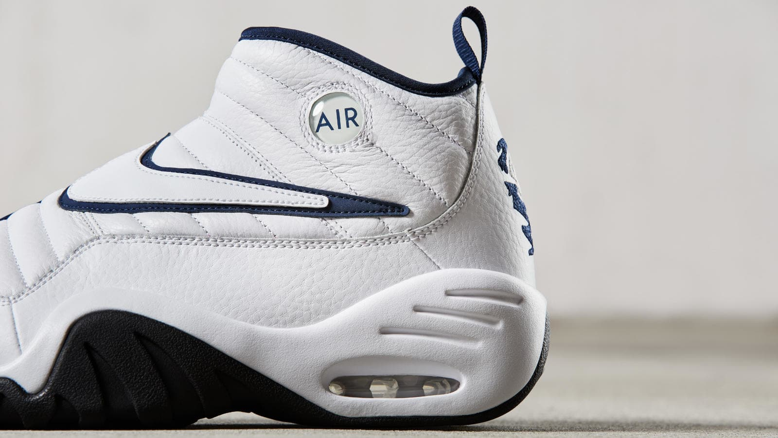 4db16be9e404 ... nike-air-shake-ndestrukt-white-navy (2).jpg ...