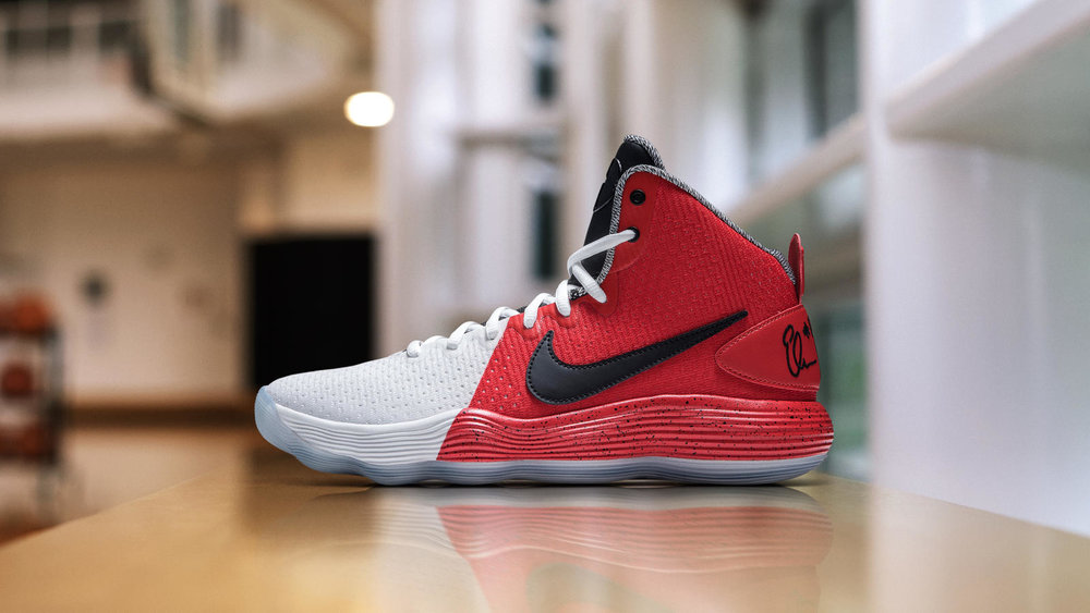 pretty nice 99cd7 49357 A Detailed Look At Delle Donne's Nike React Hyperdunk 2017