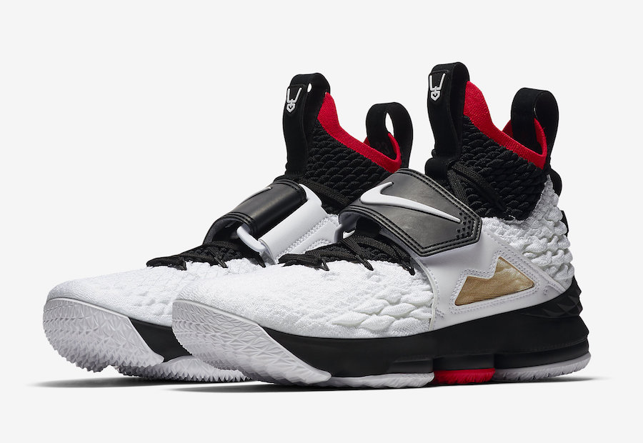 489a4456d45c2 Nike-LeBron-15-Diamond-Turf-LeBron-Watch-Draw-