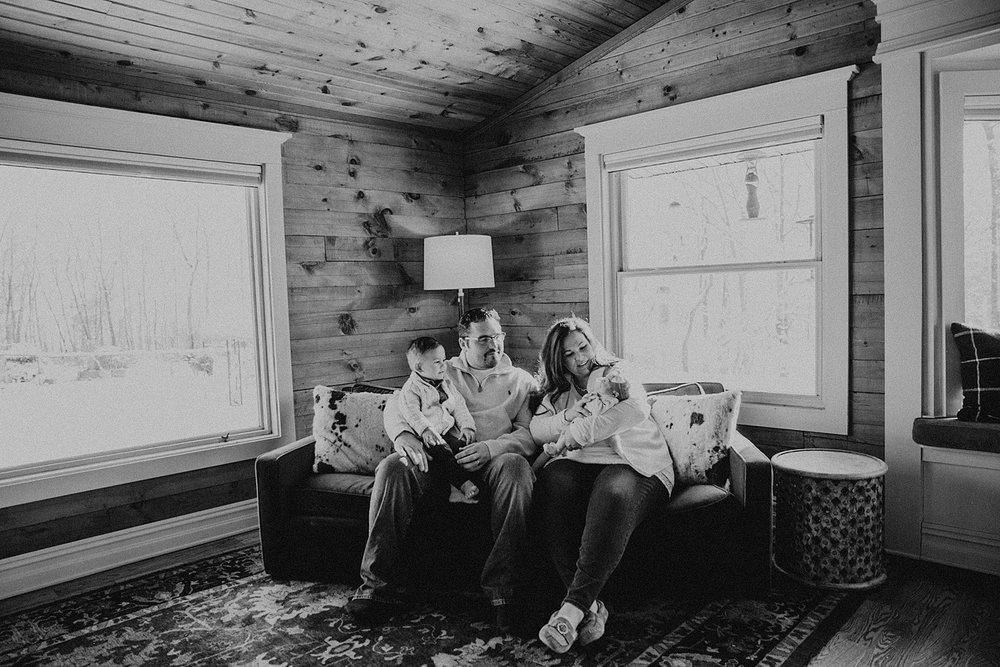 MinnesotaNewbornPhotographer_3.jpg