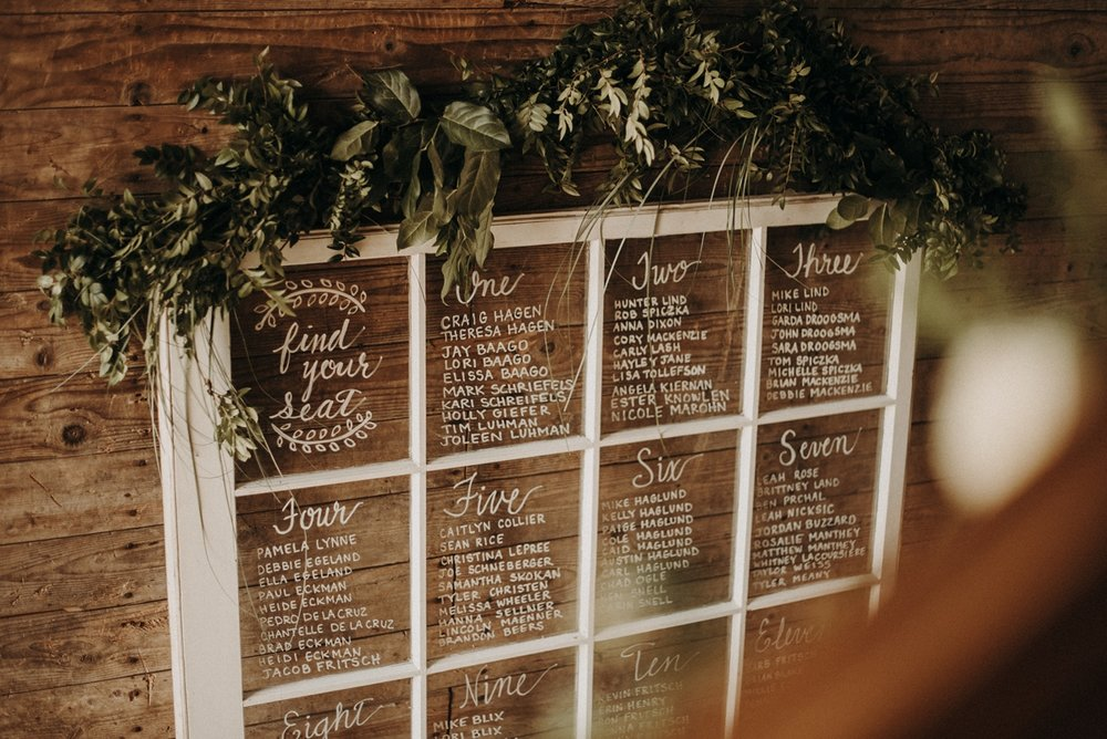 BloomLakeBarnWedding_2.jpg