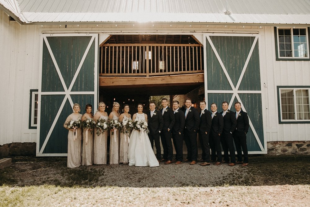 BloomLakeBarnWedding_75.jpg