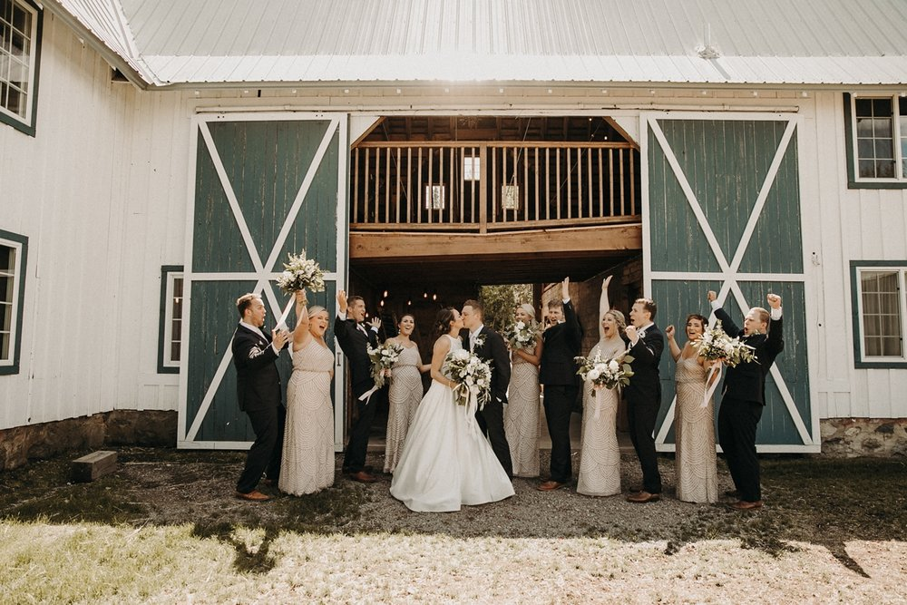 BloomLakeBarnWedding_76.jpg