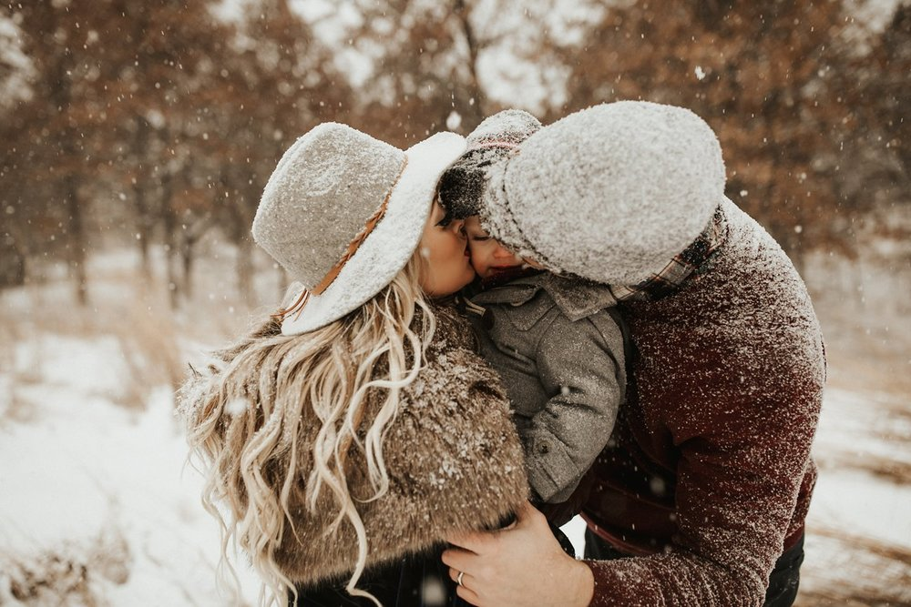 WinterMaternitySession_43.jpg