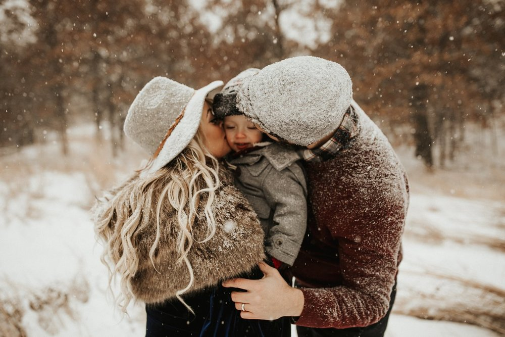 WinterMaternitySession_46.jpg