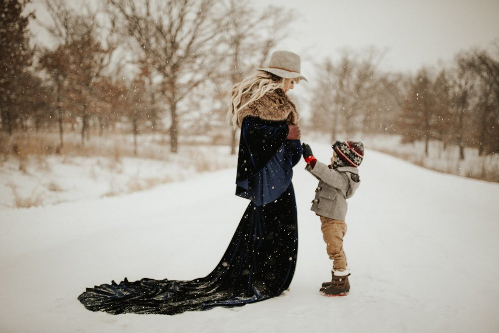 WinterMaternitySession_49.jpg