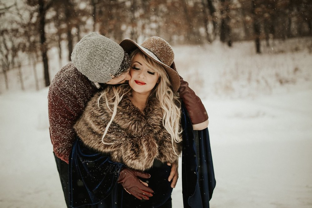 WinterMaternitySession_62.jpg