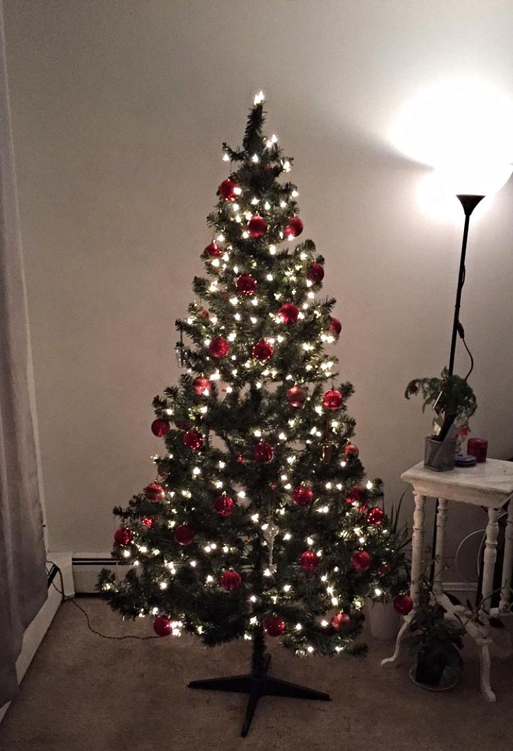robineylea christmas tree