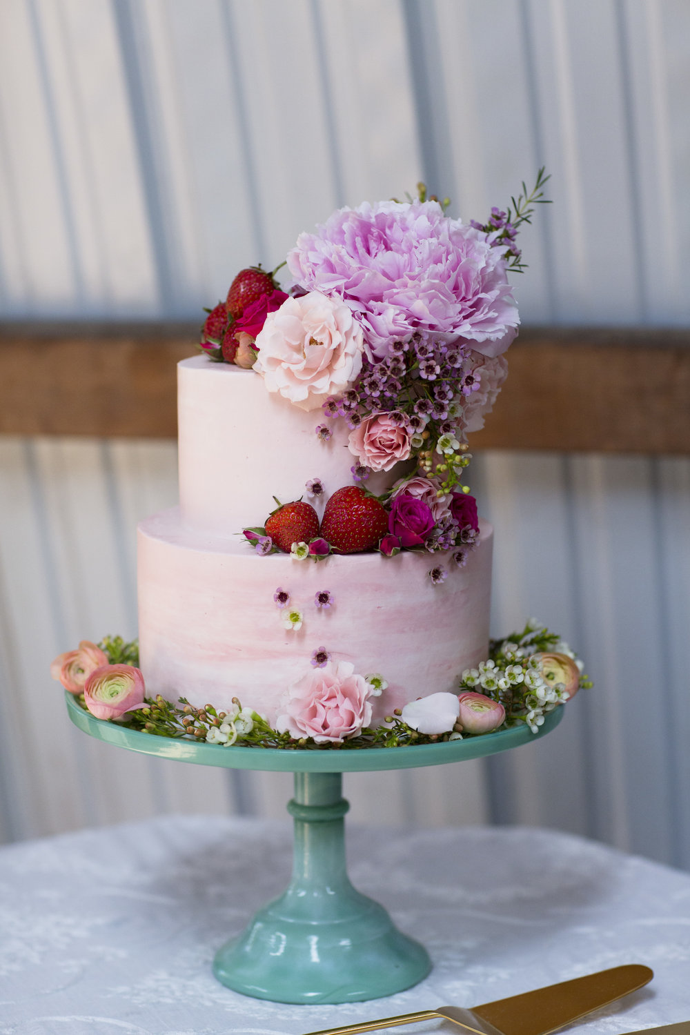 Summer Strawberry Cake, Everbreeze Farm