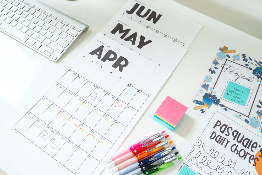 Printables for Productivity | Free Downloads | Modern Calendar, To-Do Lists, Post-its, Projects | Post by Totes and the City