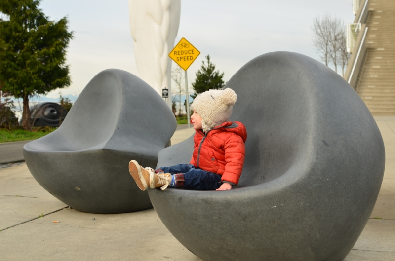 The Olympic Sculpture Park sits along the waterfront near Myrtle Edwards Park and makes for a great place to let your toddler walk or run around while enjoying the breathtaking views of the Puget Sound.  | Exploring Seattle by Totes and the City