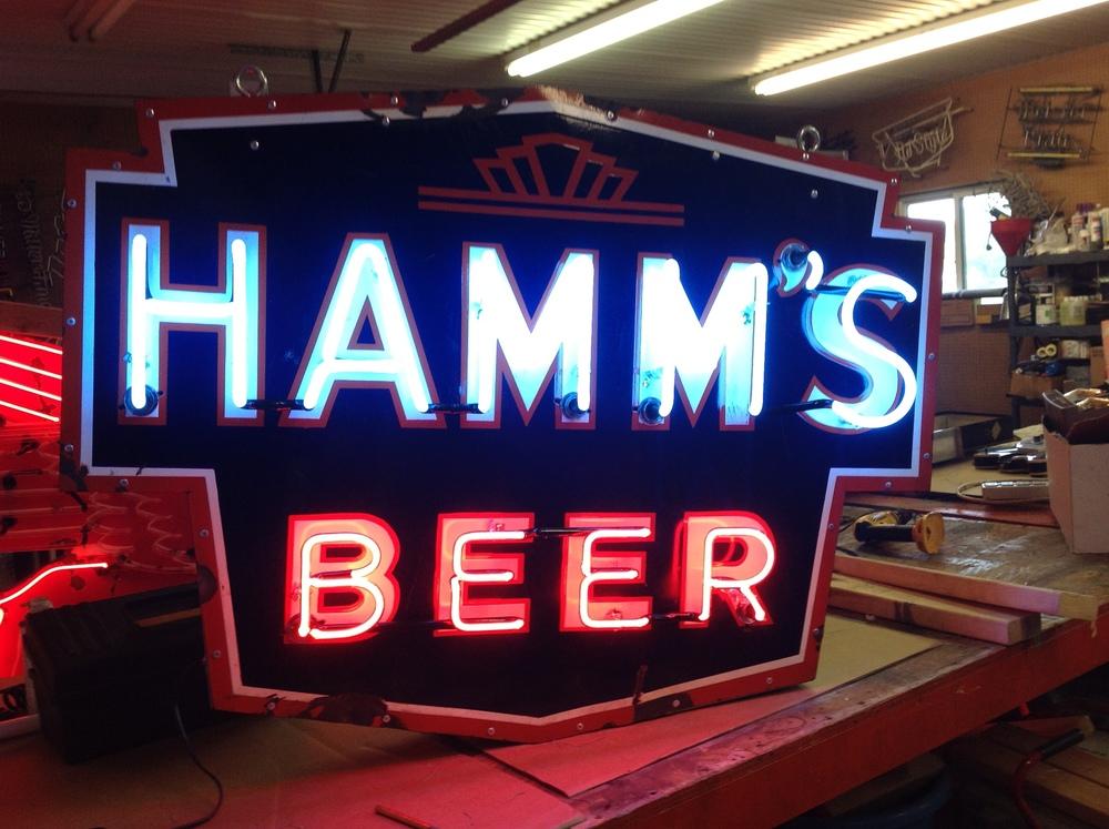 Hamm's Beer - Neon & Porelain
