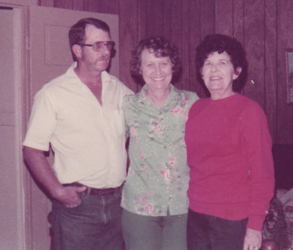 Daddy-Rosalie-Betty.jpg