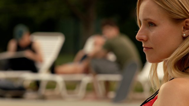 Kristen-Bell-in-The-Lifeguard-2013