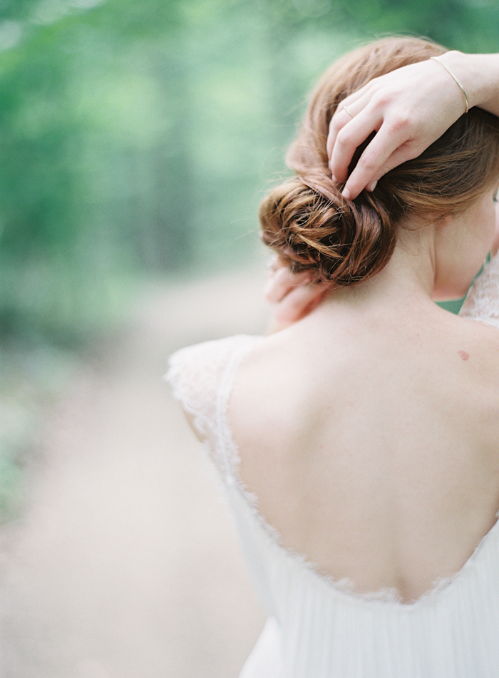 2-elegant-casual-wedding-hairstyle.jpg