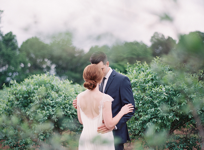 16-simple-farm-wedding-organic-natural.jpg