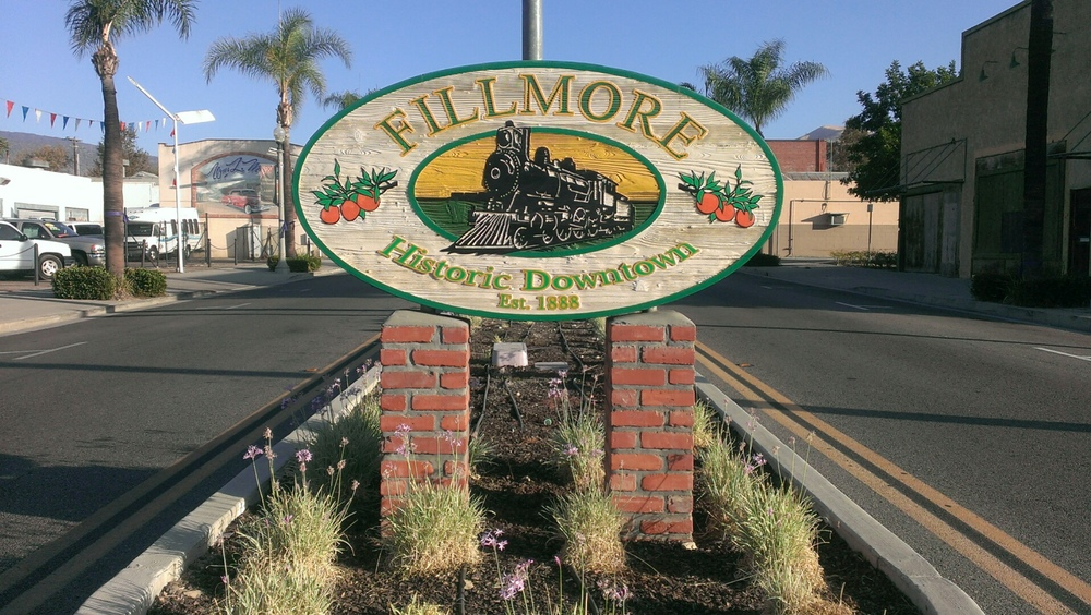 Come join the Alumni Association as we kick off Alumni Night/Cruise Night in beautiful Downtown Fillmore Friday Evening, April 17th. 5:00pm to 9:00pm. Bring your folding chair and come listen to some music, get a T-Shirt, and visit with friends.