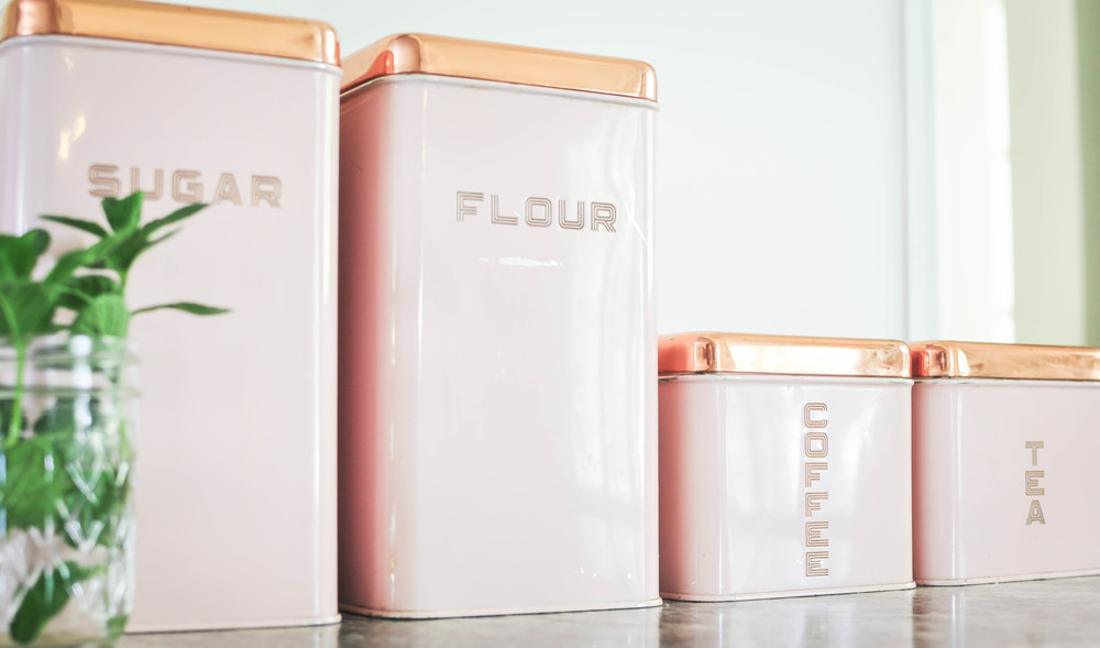 pink spice canisters