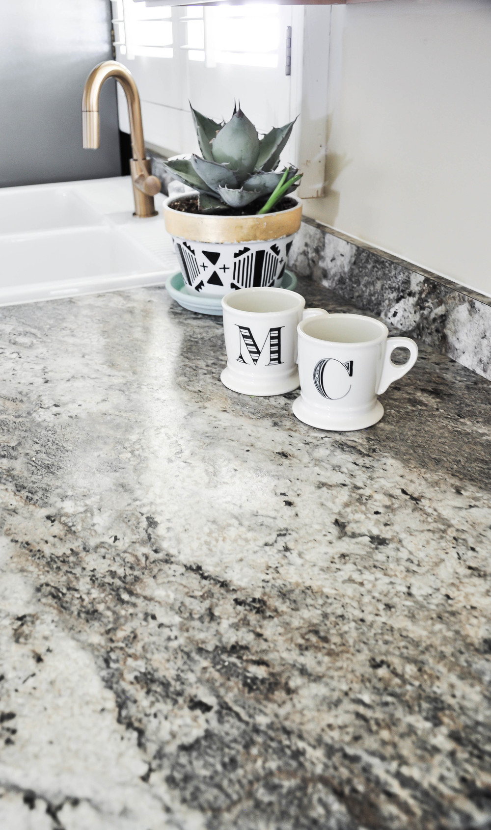 marbled gray kitchen countertop