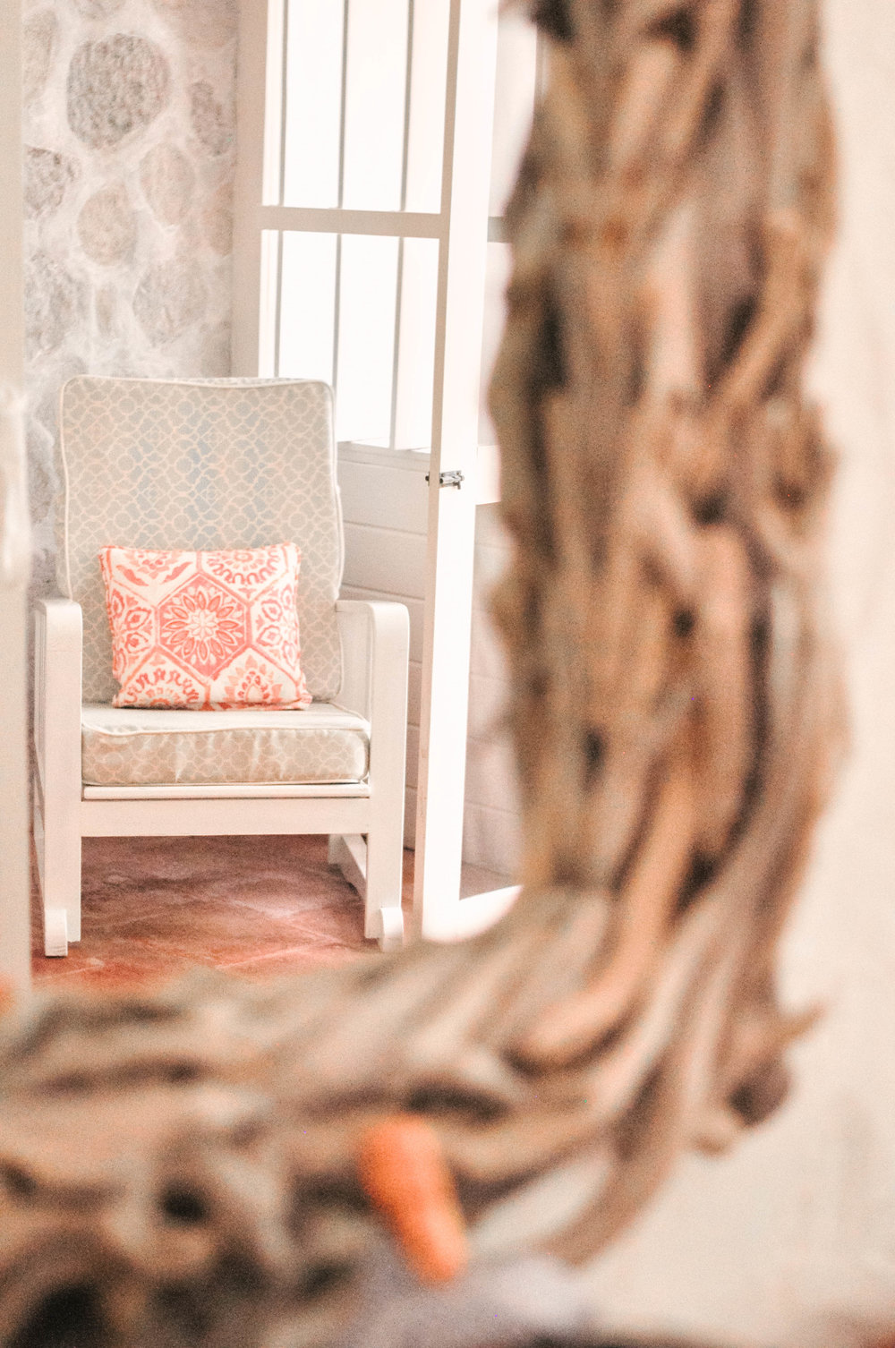 White wooden chair island decor