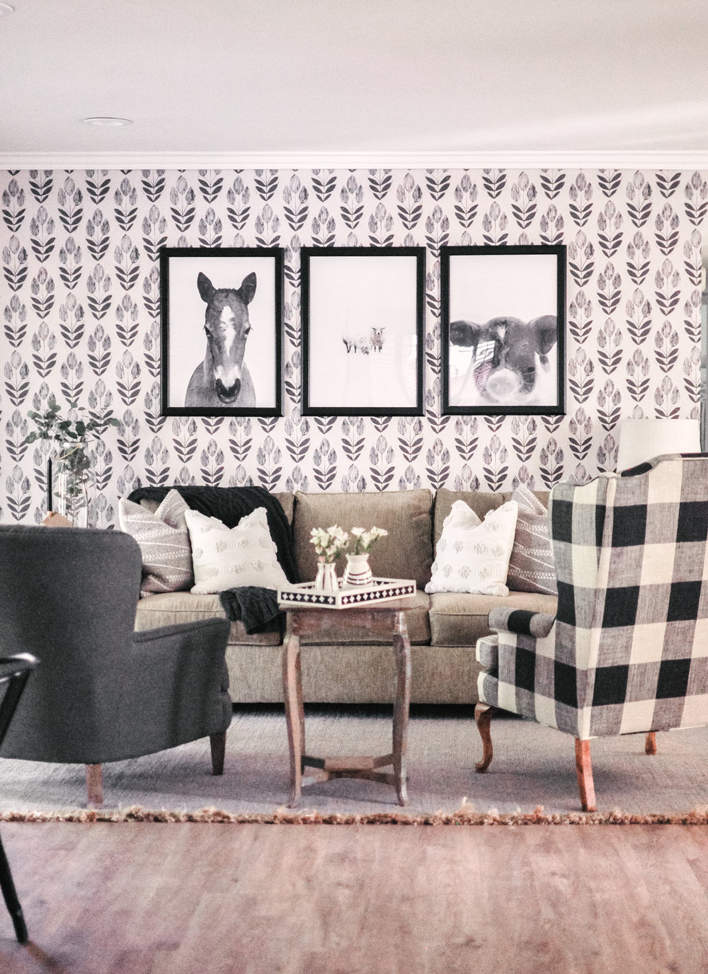Black and White Scandinavian Farmhouse Decor