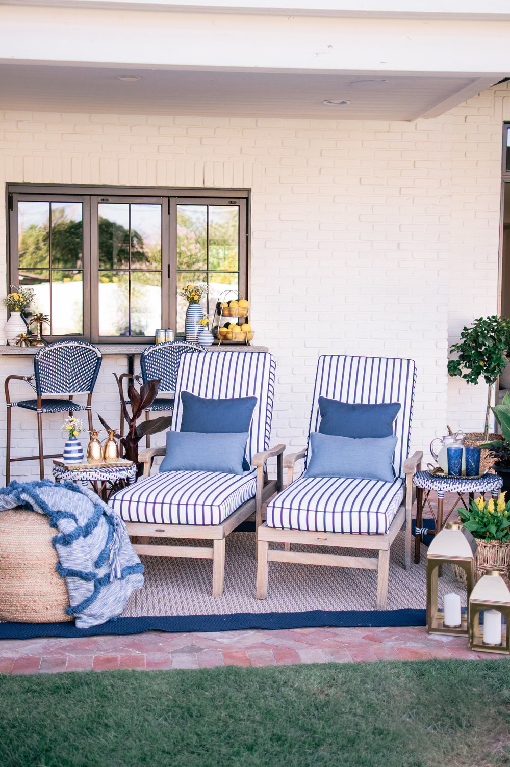 Blue and White Hampton Style Decor Ideas