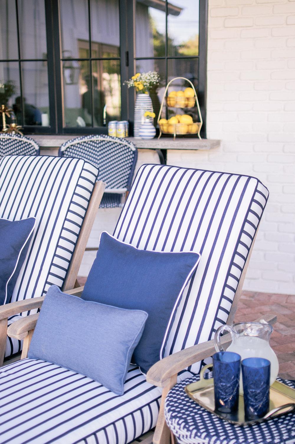 Calico Sunbrella Stripe Lido Fabric in Indigo