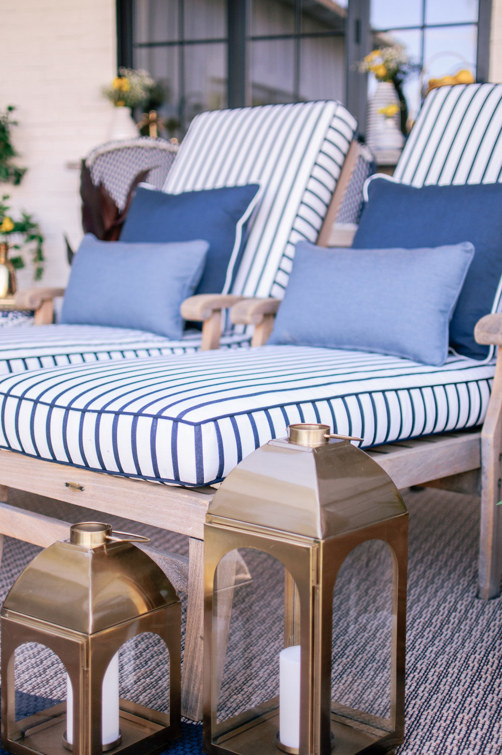 Calico-Sunbrella-Stripe-Fabric-Lido-in-Indigo-5.jpg